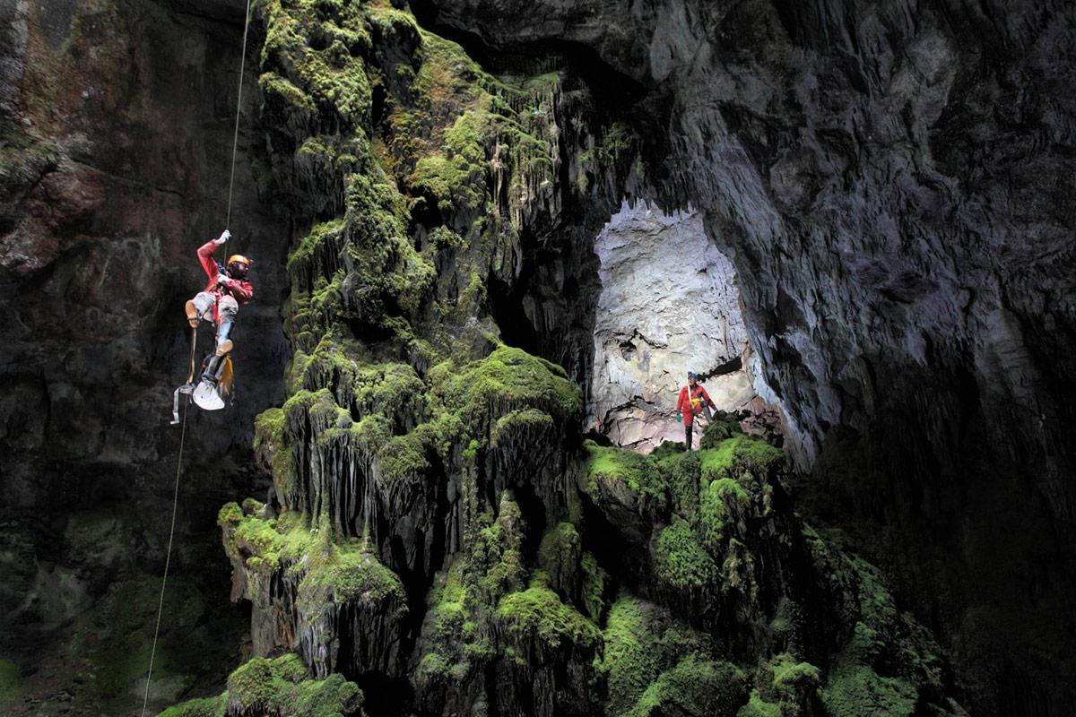 peli pro team espeleofoto cave photography