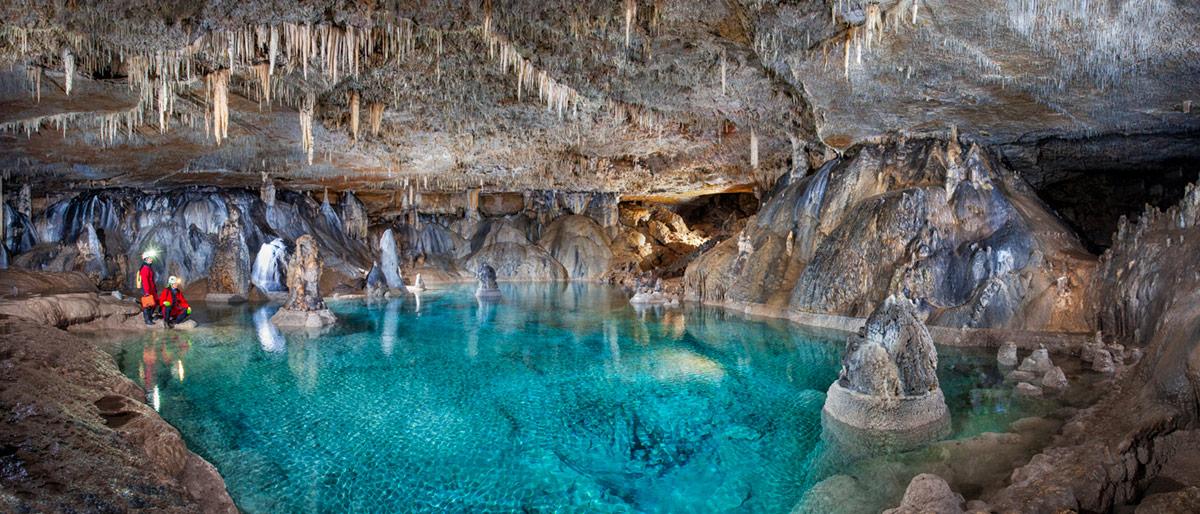 peli pro team espeleofoto underground cave photography