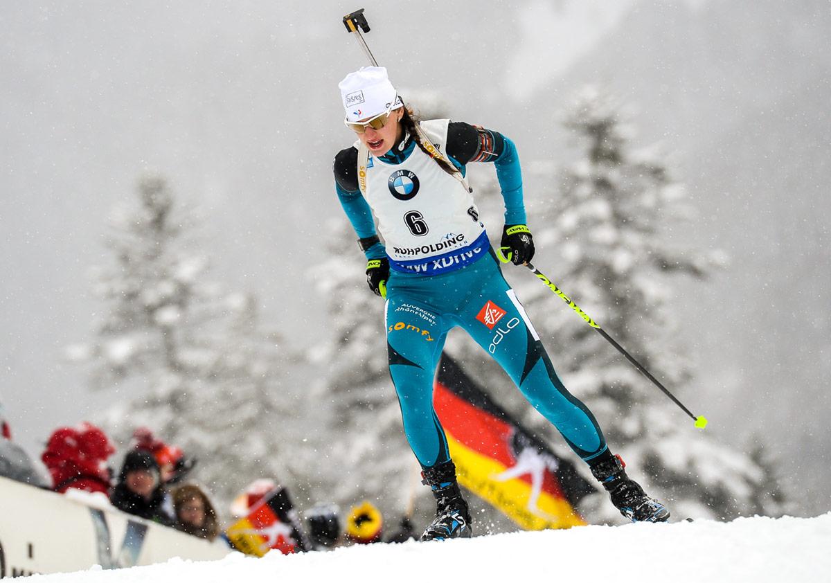 peli pro team julia simon cross country skier