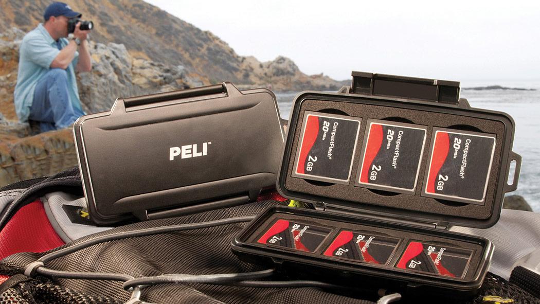 peli 0945 compact flash memory card case