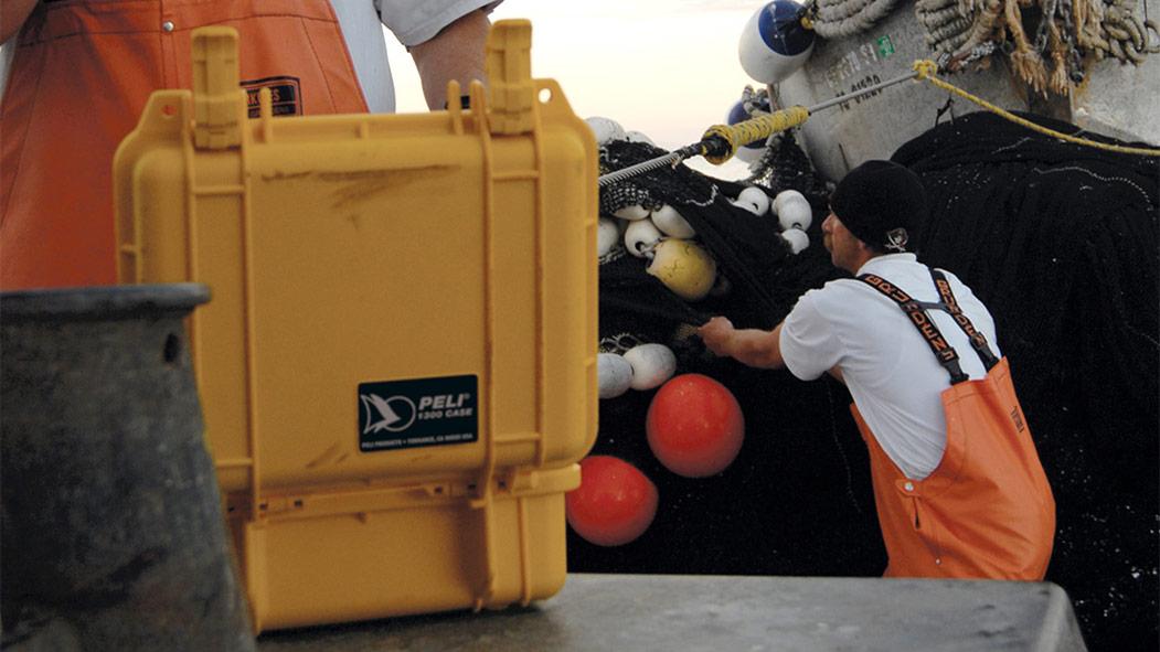 peli 1300 waterproof marine hard case