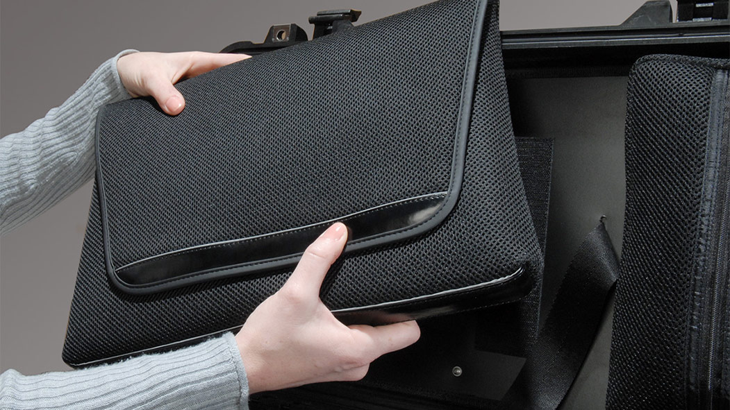 peli 1510loc laptop carrying sleeve case