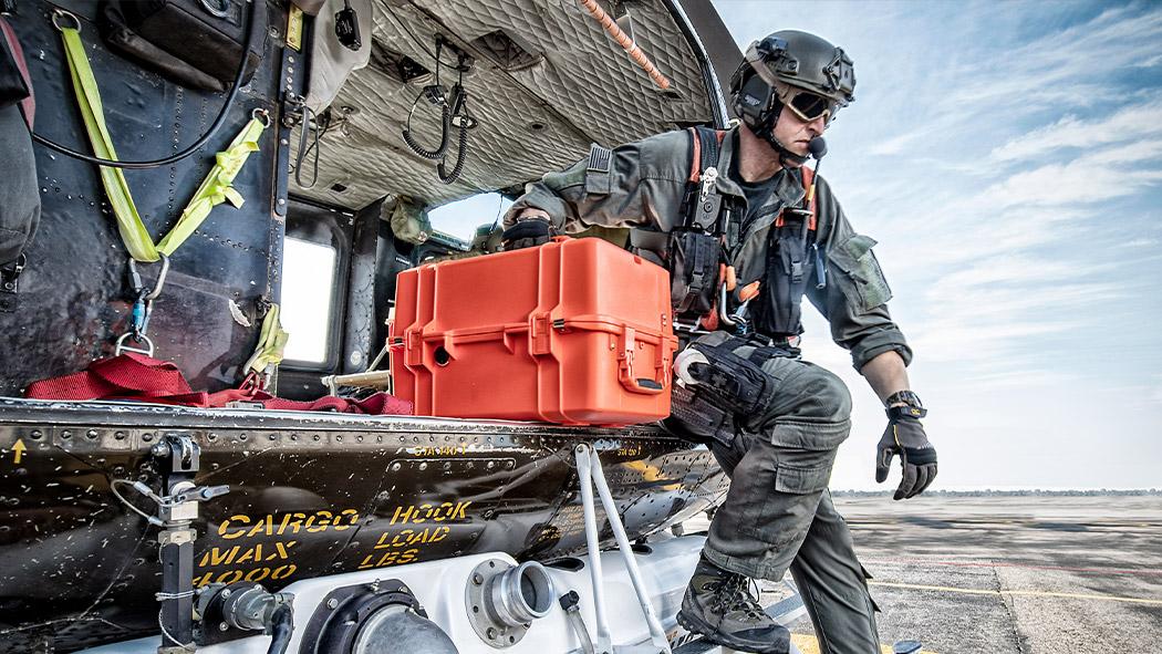pelican 1465ems emergency service air case