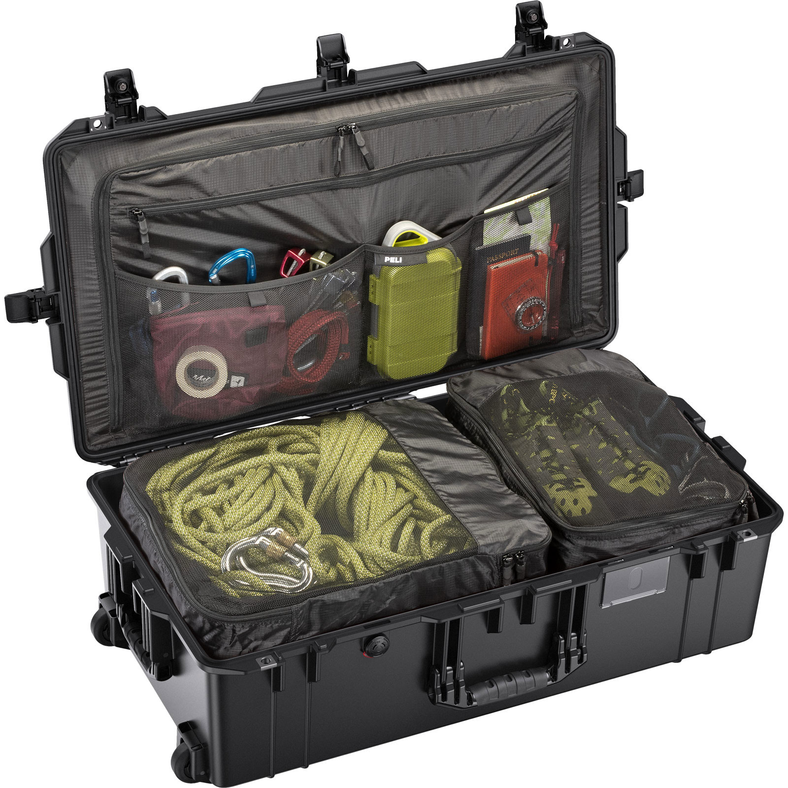 peli 1615 black travel compartment case