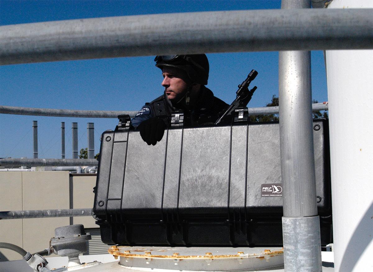 peli long pelicase military gun rifle case