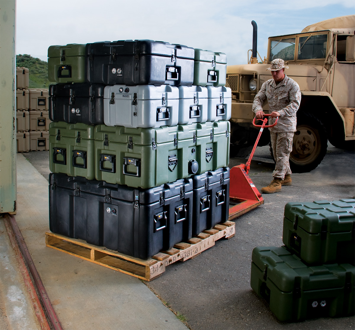 peli isp pallet shipping transport hard case
